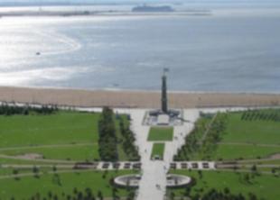 Парк трехсотлетия Петербурга очистили от мусора