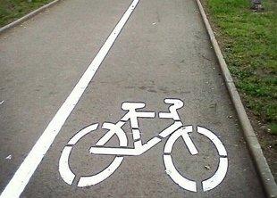 В центре Питера начали строить велодорожки