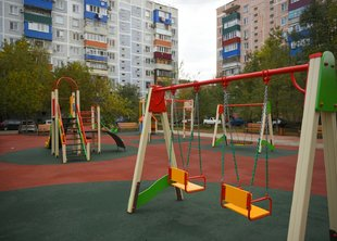 В СПб до конца года благоустроят более 500 дворов